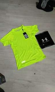 Under Armour Women's Mesh Tee size L