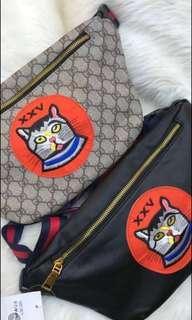 Waist bag cat