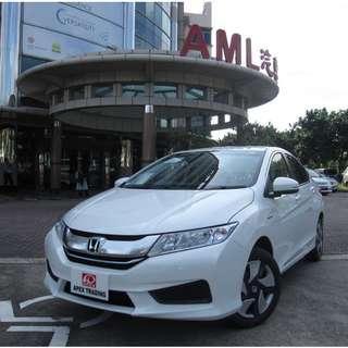 Honda Grace Hybrid 1.5 For Rent Call Now!