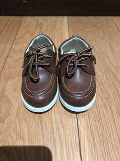Koalakids brown leather shoes (sz 6us)