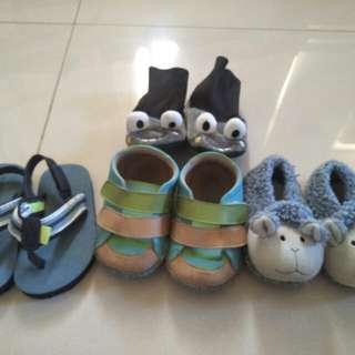 🚚 寶寶學步鞋 軟質鞋 保暖學步鞋 carter `s軟質夾腳拖鞋