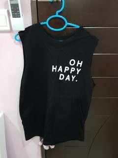 Top with no sleeve- Black (M to L) (brand new)