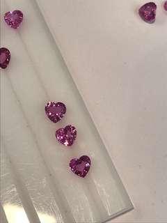 心形粉紅寶石