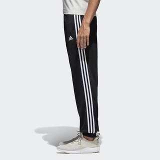 🚚 Adidas 縮口長褲 bk7396
