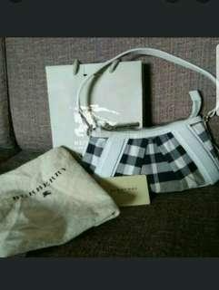 Clearance Sale Authentic Burberry Bag