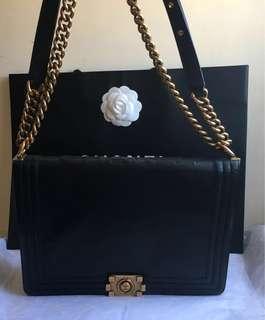 Chanel Leboy(大號)斜肩背包 (真的怎麼看都好看!耐用、好保養!價格更美~(原價175000元;特價優惠!)
