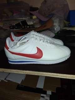 Nike Classic Cortez size 40