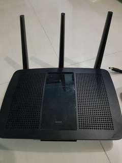 Linksys EA7500V2 router for sales