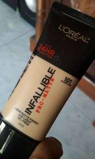Foundation Inffallible shade Classic ivory