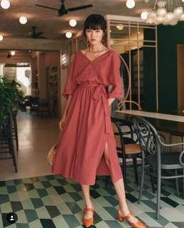 Fashmob Vinny Linen Midi in Scarlet