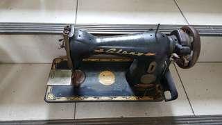 🚚 古早裁縫車機