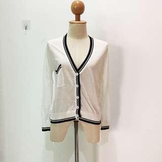 🆕BRAND NEW Chanel Inspired Knit White Cardigan