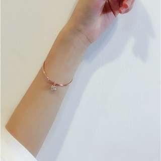 金色小墬式手環