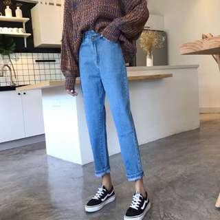 🚚 褲頭不對稱直筒褲