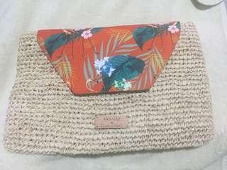 Plains and prints aranaz clutch