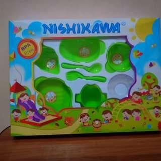 Nishikawa Feeding Set Hijau