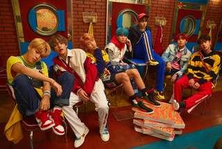 BTS Official Love Yourself: HER poster (E version)
