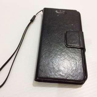 Preloved iPhone 5/5s case
