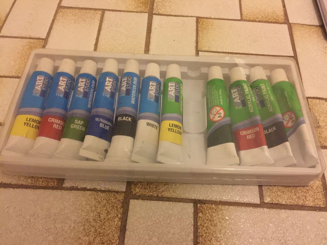 Artist paints and pencils bundle