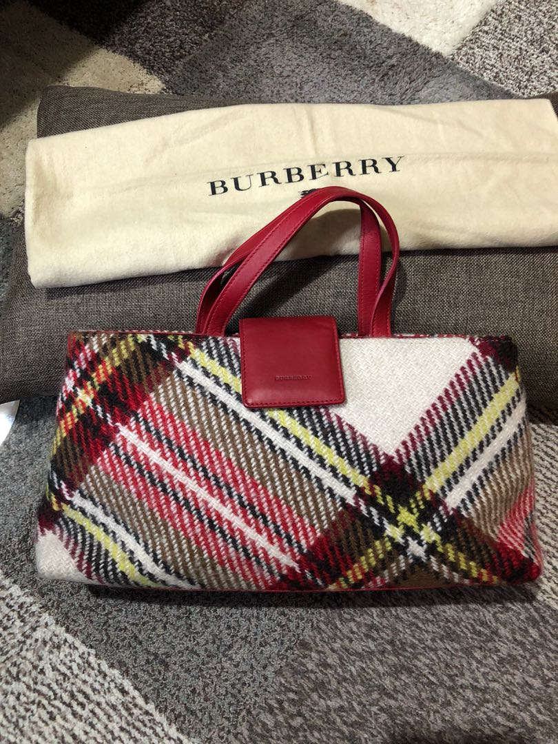 Authentic Burberry Canvas Hobo Bag With Dustbag 577eda43347a0