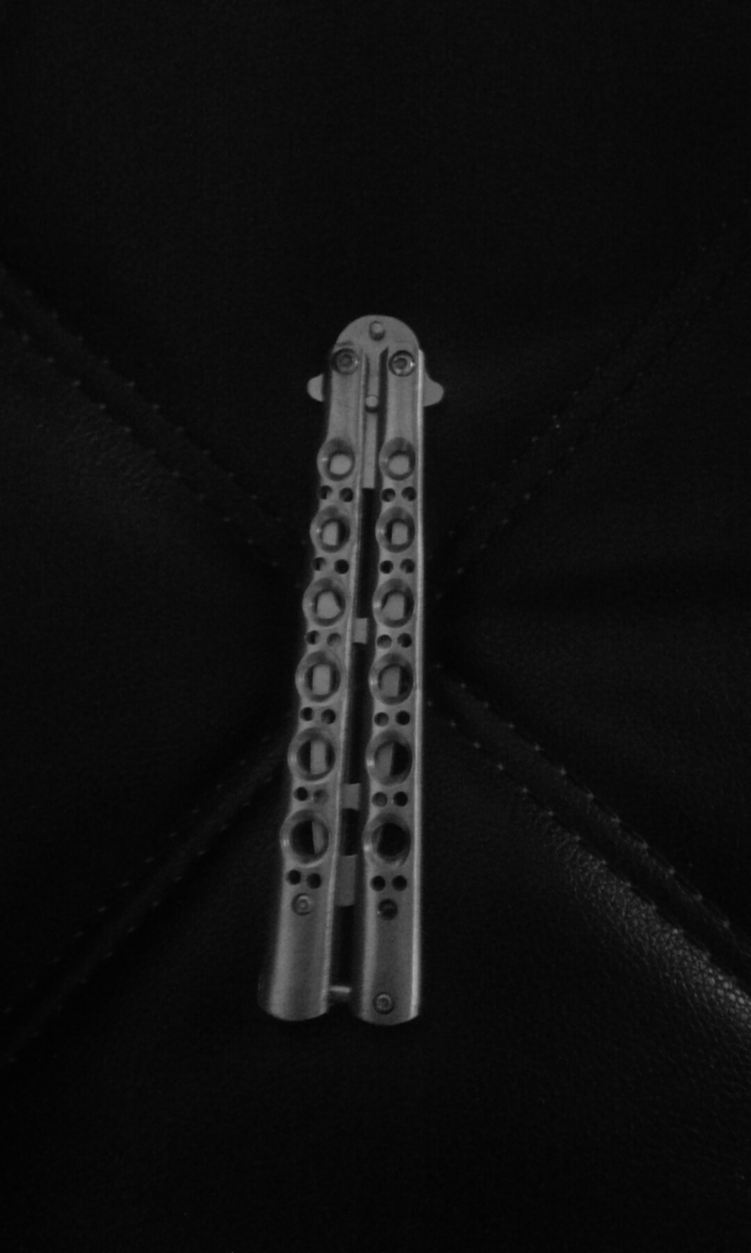 Balisong(butterfly knife trainer)(not sharp)