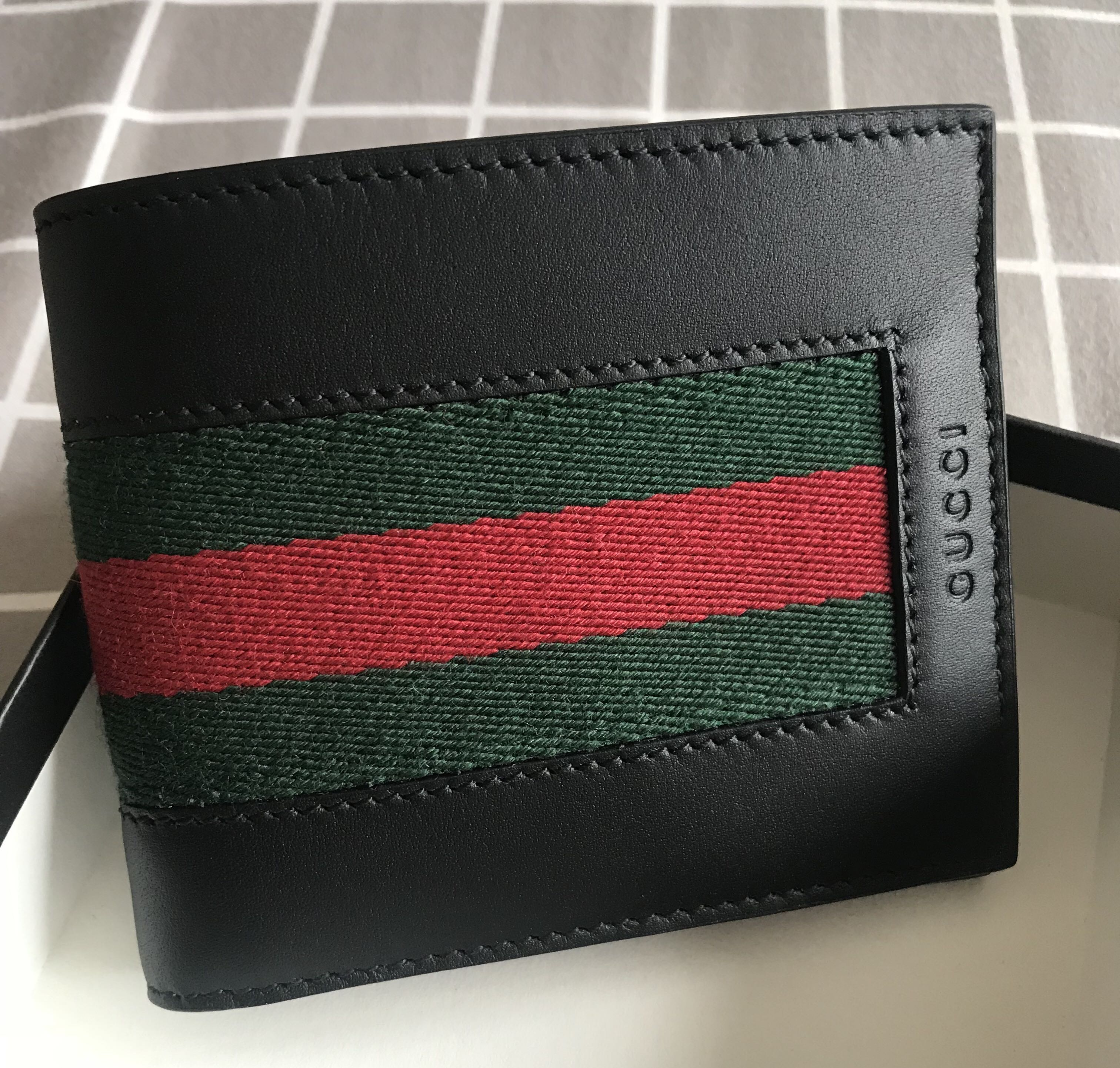 2f7c30b53258 GUCCI Men's Bifold Wallet with ID Photo Slot 100% AUTHENTIC+BRAND ...
