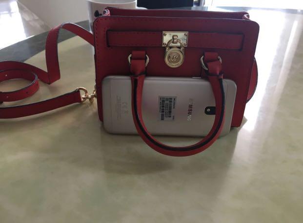 8f3b5b5fbb5801 Michael kors Red mini sling bag, Women's Fashion, Bags & Wallets ...