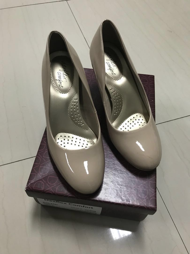 76b127d8908d New  Dexflex Comfort Heels Nude