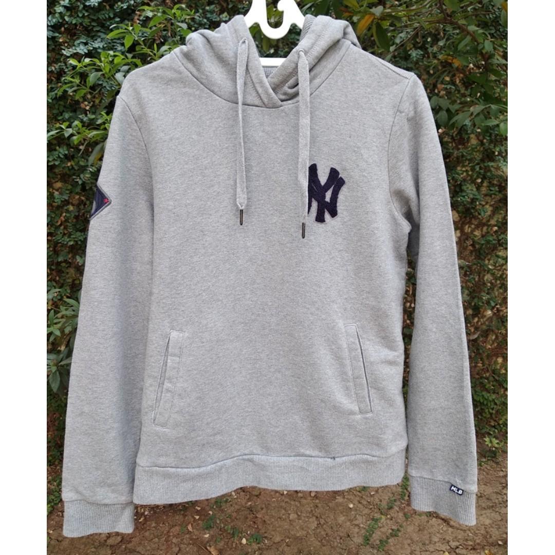 finest selection 05d7f e9ddb New York Yankees Grey Hoodie MLB NY #MauiPhoneX, Men's ...