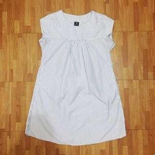 U&i Classic Striped dress