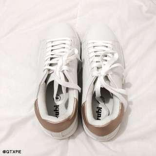 cotton on rubi white/gold shoe