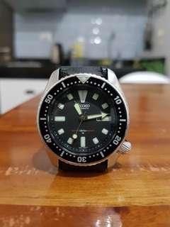 Seiko Divers Watch (Medium Size)
