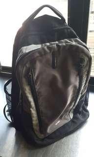 🚚 samsonite 電腦包 筆電包 後背包