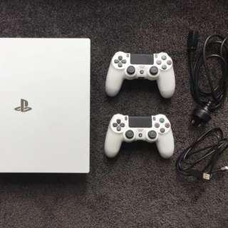 m  PS4 Pro 1tb, Additional Controller, 8 games