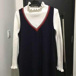 Long sleveless dress