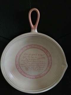 DECOR/PLATE/FRYING PAN