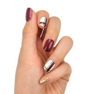 Perfect present nails set