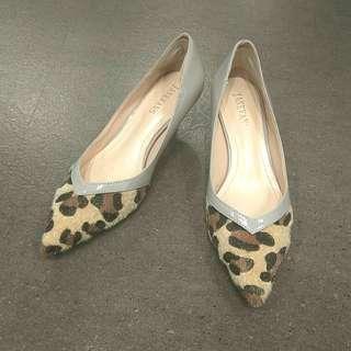 Preloved Grey Heels with Leopard Prints