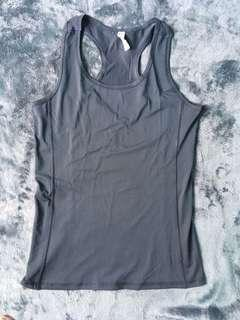 UNDERARMOUR Gray Top for Women (Size S-M)
