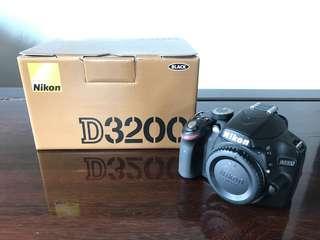 Nikon DSLR D3200 Body