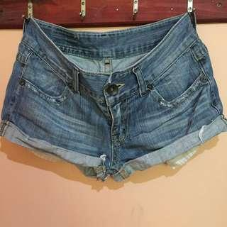 REPRICED!!! Maong ripped short