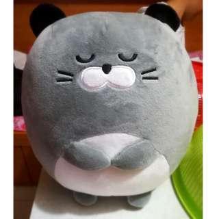 灰色貓貓公仔