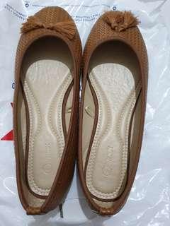 Flat Shoes Brown Max