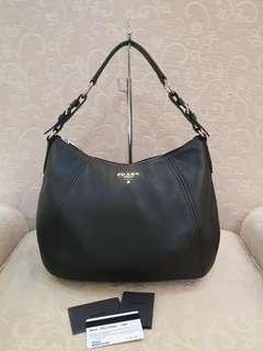 Prada BR5096 Vitello Phenix Nero ❤️BIG SALE P41,800 ONLY❤️ Slightly used. Good as bnew! With dustbag cards  Swipe for detailed pics  Cash/card/layaway accepted