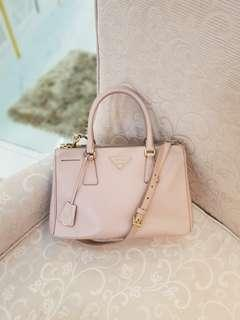 Prada BN1801 Saffiano Cammeo ❤BIG SALE P39k ONLY❤ In excellent condition  With generic dustbag and long strap  Swipe for detailed pics