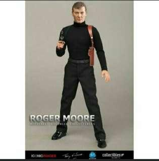 RM001 ROGER MOORE (OFFICALLY LICENISED) 1/6 SCALE FIGURE