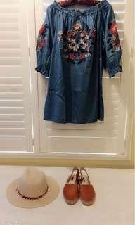 🚚 我的小巴黎 秋裝🍁露肩 牛仔刺繡洋裝 超美