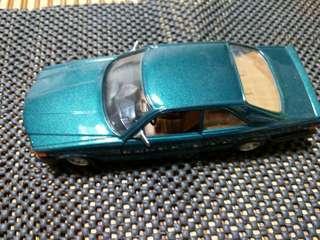 🚚 賓士500SEC模型車1:26
