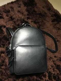 CHARLES AND KEITH SMALL BACKPACK BAG RANSEL HITAM MINI