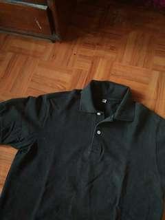 Uniqlo black medium